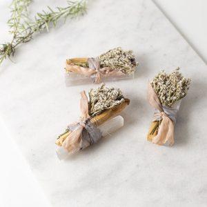 Palo Santo Wood – Holy Sticks White Selenite Bundle Cocina The Shop